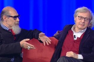 Vittorio Sgarbi e Roberto D'Agostino, pace fatta al Maurizio Costanzo Show