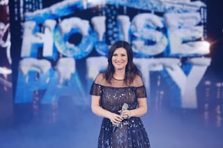 """È Natale con """"Laura Xmas House Party"""", gli ascolti tv sono tutti della famiglia Pausini"""