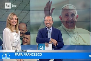 Papa Francesco e gli auguri in diretta per i 30 anni di Uno Mattina, Di Mare commosso