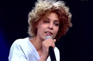 """La """"Sally"""" di Rita Bellanza è da pelle d'oca: commossi Agnelli e Levante, Maionchi piange"""