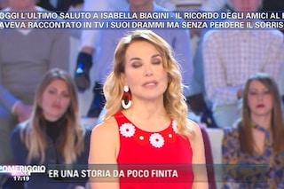 """Barbara D'Urso si commuove ricordando Isabella Biagini: """"Folle come ogni artista"""""""