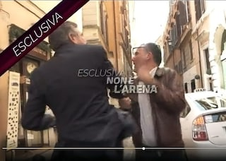 L'ex ministro Landolfi ospite di Massimo Giletti dopo lo schiaffo all'inviato di Non è l'Arena