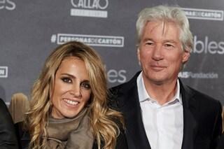 Richard Gere sposerà Alejandra Silva, tra loro ci sono 33 anni di differenza