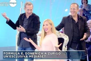 Federica Panicucci principessa di 'Mattino 5', per l'ultima puntata riceve in dono un trono