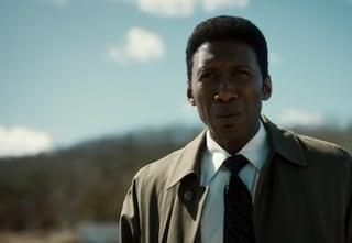 """""""True Detective 3"""", pubblicato il trailer con il premio Oscar Mahershala Ali"""