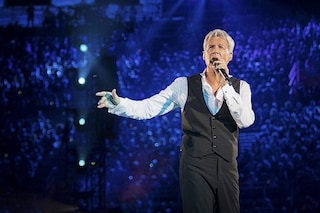 """Trionfo d'ascolti per Claudio Baglioni """"Al Centro"""": il concerto evento domina il sabato sera"""