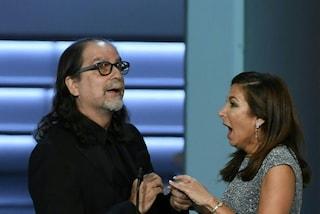 La proposta di matrimonio di Glenn Weiss sul palco degli Emmy Awards 2018