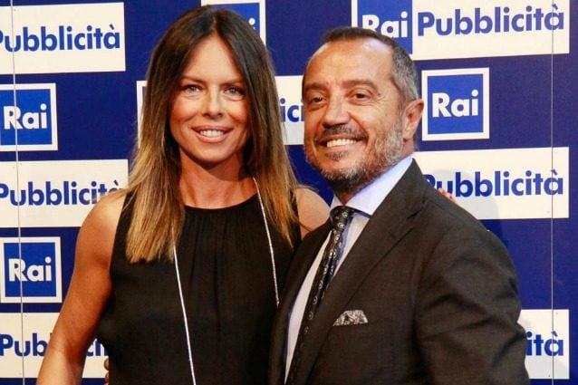 """Paola Perego e Franco Di Mare, conduttori de """"La vita in diretta"""" nella stagione 2013–2014"""