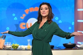 """La prova del cuoco rischia di chiudere in ritardo, Elisa Isoardi: """"Vabbè, tanto dopo c'è il Tg1"""""""