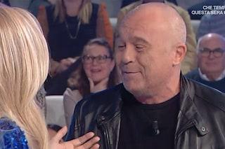 """Claudio Amendola senza capelli: """"Dicono mi ringiovanisca"""", Mara Venier: """"T'hanno detto na stronzata"""""""