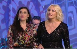 """""""Portobello"""", Michele Caruso fa uno scherzo telefonico ad Antonella Clerici: """"Mi vuoi sposare?"""""""