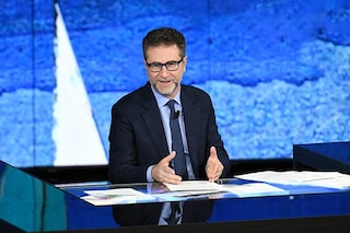 """Luigi Di Maio: """"Retribuzioni? Esiste un caso Fazio in Rai"""", il conduttore: """"Disponibile a parlare"""""""