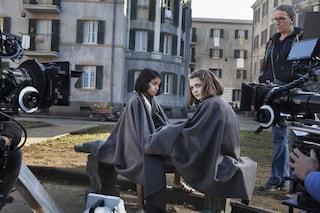 Foto dal set de L'Amica Geniale: ecco com'erano Lila e Lenù dirette da Saverio Costanzo