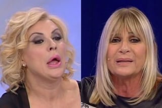 Uomini e Donne, anticipazioni Trono Over: Tina Cipollari versa acqua su Gemma, la Galgani piange