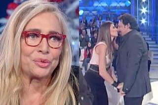 """Enrico Brignano: """"Sono innamorato perso di Flora Canto, è bona"""" poi fa commuovere Mara Venier"""