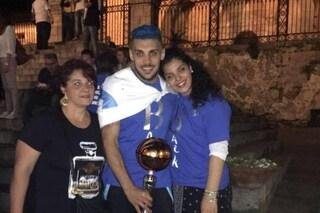 C'è posta per te: il figlio di Carmela, morto a 22 anni, era il giovane cestista Lorenzo De Lise