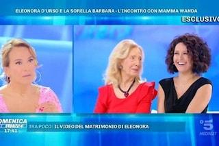 """Barbara D'Urso presenta la sorella Eleonora e piange: """"Lei è cretina come me"""""""