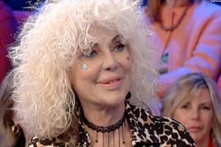 """Domenica In, Donatella Rettore a Mara Venier: """"Ho avuto un incidente domestico, ma ora sto meglio"""""""