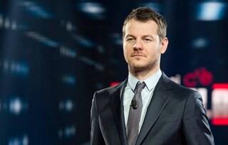 """Alessandro Cattelan conduttore di Sanremo 2020, la risposta ironica: """"Nel caso, dormo lì"""""""