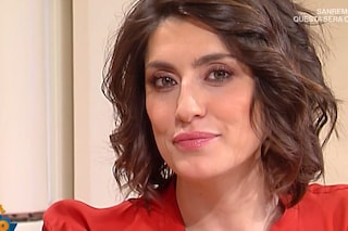 "Elisa Isoardi ingrassata: ""Ho cambiato 4 pantaloni stamattina ma chissene, mi piace mangiare"""