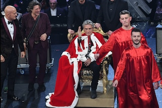 Ligabue sul trono a Sanremo 2019, parte la satira su Uomini e Donne over