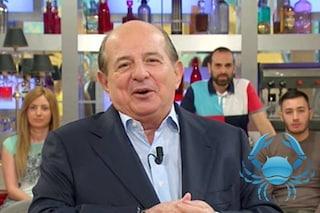 """Giancarlo Magalli scherza con Paolo Fox: """"Noi del cancro abbiamo un rapporto all'anno"""""""