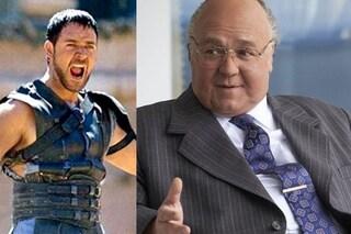 Russell Crowe grasso e irriconoscibile: è Roger Ailes, il capo di Fox News accusato di molestie