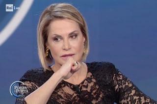 """Simona Ventura si commuove: """"Quando mio figlio Niccolò è stato accoltellato sono morta"""""""