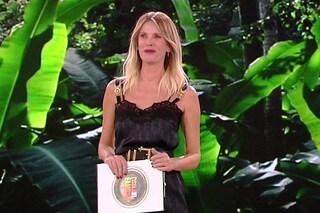 """Ascolti tv: """"Il nome della rosa"""" in calo, """"L'Isola dei Famosi"""" resta stabile"""