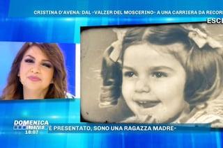 """Cristina D'Avena: """"Mio padre voleva che facessi il medico, in discoteca urlano 'Escile' o 'Puffale'"""""""