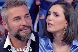 """Vieni da me, la gaffe di Caterina Balivo con Flavio Montrucchio: """"Usciamo da questo imbarazzo"""""""