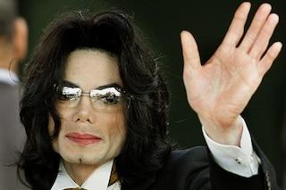 """""""Leaving Neverland"""", il regista attacca i fan che difendono Michael Jackson: """"I fatti non mentono"""""""