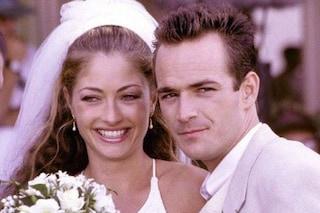 Era Toni la moglie di Dylan McKay, Rebecca Gayheart devastata dalla morte di Luke Perry