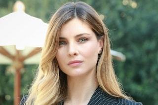 """Vittoria Puccini torna in tv con 'Mentre ero via' e svela: """"Da adolescente non mi sentivo accettata"""""""
