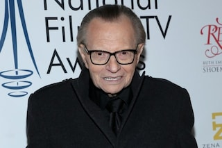 Arresto cardiaco per Larry King, il conduttore è stato operato d'urgenza