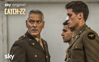 George Clooney in una serie TV tutta sua su Sky: perché Catch-22 è imperdibile