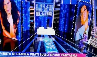 """Pamela Prati lascia lo studio della D'Urso in diretta, Barbara: """"Vado avanti da sola e mostro tutto"""""""