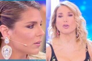 """Hai leccato o no?"": Barbara D'Urso smaschera le effusioni tra Ivana Icardi e Gianmarco Onestini"