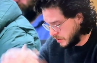 "Il video di Kit Harington in lacrime mentre scopre il finale di ""Game of Thrones"""