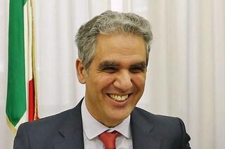 La presidenza di Marcello Foa rischia di saltare ma intanto nomina altri tre vicedirettori a Rai1
