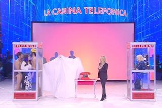 """Mark Caltagirone ad Amici, Maria De Filippi cita Barbara D'Urso: """"Non siamo testata giornalistica"""""""