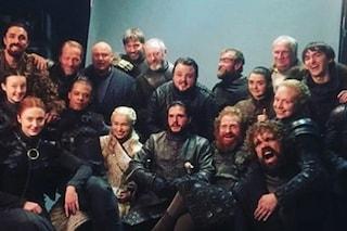 """Emilia Clarke saluta Il Trono Di Spade: """"Vorrei che papà vedesse quanto siamo arrivati lontano"""""""