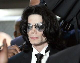 Killing Michael Jackson, a dieci anni dalla morte del Re del Pop, sul Nove arriva un docu-film inedito