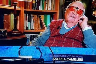 """Andrea Camilleri, ultime interviste tv: """"Vorrei morire lasciando figli e nipoti in un mondo di pace"""""""