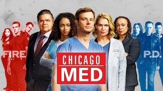Programmi TV di stasera 2 agosto: Chicago Med su Italia Uno, Amore in alto mare su Rai Uno