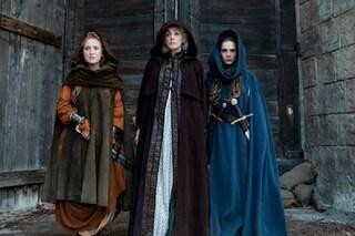 """Le streghe son tornate: """"Luna nera"""", la nuova serie italiana Netflix scritta e diretta da sole donne"""