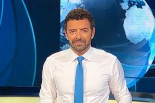 """Alberto Matano lascia il Tg1, l'annuncio in diretta: """"Questa sera ci salutiamo, grazie a tutti"""""""