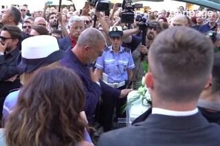 """La famiglia de Le Iene saluta Nadia Toffa dopo i funerali: """"Ti sarebbe piaciuto vederci lì per te"""""""