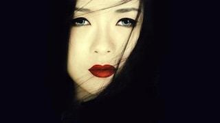 Programmi TV di stasera 28 agosto: Memorie di una geisha su TV8, speciale crisi di governo su Rai 1