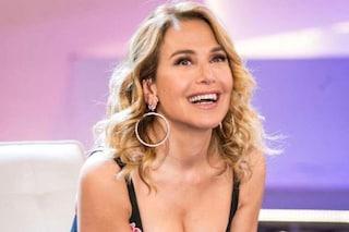 """Slitta 'Domenica Live', Barbara D'Urso: """"Lo studio non è pronto, andremo in onda il 22 settembre"""""""